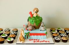 I think this is the cake I Am going to make for Benjamin's 1st Birthday with cupcakes, but not made of fondant lol!!
