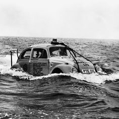 Sometimes you need to take a different route. But despite the fact that Volkswagen has always provided cars of the highest quality, it is not advisable to follow this example and take a similar route with your own Volkswagen. Even this classic Beetle was not really fit to sail the seas.