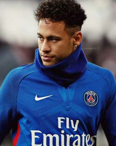 Real Madrid ready to make bid for Neymar - HF Cristiano Ronaldo, Best Football Skills, Neymar Jr Wallpapers, Neymar Psg, Neymar Brazil, Neymar Football, Soccer Quotes, Fc Barcelona, Barcelona