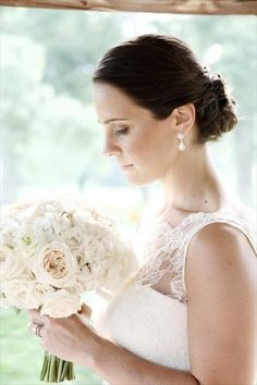 J Floral and Event white wedding