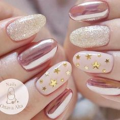 27 Star Nails Art Ideas for Your Brilliant Look : Easy Nail Designs with Star Sequins picture 2 Star Nail Designs, Ombre Nail Designs, Simple Nail Designs, Star Nail Art, Star Nails, Cool Nail Art, Spring Nail Colors, Spring Nails, Manicure