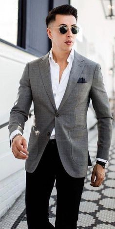 classy looks! in 2019 mens fashion suits, mens fashi Gray Blazer Men, Grey Blazer Outfit, Blazer Outfits Men, Mens Fashion Blazer, Mens Fashion Blog, Suit Fashion, Mens Office Fashion, Fashion Shirts, Khaki Pants