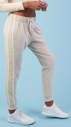 Boasting super soft fabric and a relaxed boyfriend fit, the Boyfriend Jogger exceeds all comfort expectations. Coming soon in Vanilla Marl.