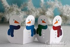 Craft Idea for Christmas and Winter - Paper Snowman Garland. Paper Christmas Decorations, Christmas Paper Crafts, Holiday Crafts For Kids, Paper Ornaments, Holiday Fun, Popsicle Stick Christmas Crafts, Kids Christmas Ornaments, Christmas Cards, Schnee Party