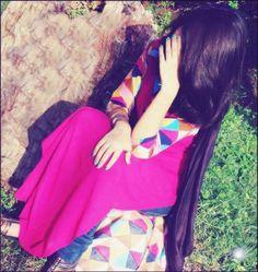 Anupriya Cute Girl Photo, Beautiful Girl Image, Girl Photo Poses, Beautiful Hands, Photo Shoot, Stylish Girls Photos, Stylish Girl Pic, Stylish Dp, Teenage Girl Photography