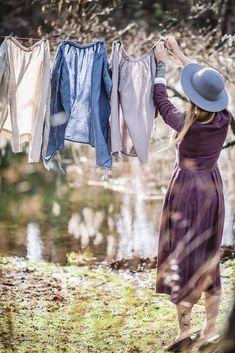 Romantic Apron, Natural Linen