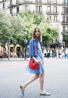 On Saray Martín: ASOS shirtdress, Calvin Klein bag and Gucci Slippers