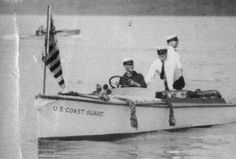 Men in boat, Coast Guard Station, Louisville, Kentucky, 1926. :: Herald-Post Collection