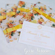 Para esta sexta-feira, um casamento lindo, de cor alegre e todo planejado minunciosamente pela noiva Manuela!!!🌼👰💛🎩🌼 ____________________________ ⠀ Contato, Informações e Orçamentos: EXCLUSIVAMENTE através do 📩 e-mail: geisavasconi@gmail.comInforme o modelo, quantidade e data da festa! ____________________________ ⠀ #convitecasamento #convitedecasamento #wedding #conviteamarelo #convitefloral #convitefloralamarelo #convitevegetal #casamento #bride #noiva #festa #party