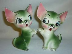 Vintage Chihuahua Salt & Pepper Shakers Cork stopper Japan