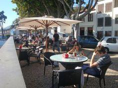 Barreirinha Bar Café, Funchal: Se 562 objektiva omdömen av Barreirinha Bar Café, som fått betyg 4,5 av 5 på TripAdvisor och rankas som nummer15 av 645 restauranger i Funchal.