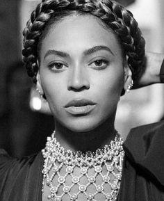 Beyoncé / Yoncè