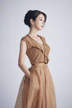 Korean Actresses, Korean Actors, Actors & Actresses, Kdrama, Korean Celebrities, Celebs, Next Fashion, Fashion Tips, 90s Fashion