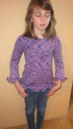 Pleteny svetr pro dceru.