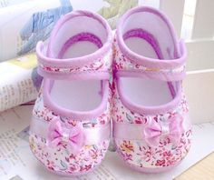 $0.94 (Buy here: https://alitems.com/g/1e8d114494ebda23ff8b16525dc3e8/?i=5&ulp=https%3A%2F%2Fwww.aliexpress.com%2Fitem%2FGirls-flowers-bow-baby-toddler-shoes-11cm-12cm-13cm-spring-autumn-children-footwear-first-walkers%2F32371685292.html ) Girls flowers bow baby toddler shoes 11cm 12cm 13cm spring autumn children footwear first walkers for just $0.94
