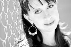 Should This Woman's Books Be Banned?  by Abigail Pesta Apr 11, 2012 4:45 AM EDT  Author Lauren Myracle's young-adult novels have topped the American Library Association's list of books people want to ban. She tells Abigail Pesta what gets parents so riled.
