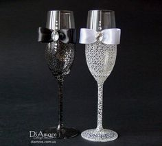 Bride and Groom Wedding Champagne Glasses, Personalized Wedding Glasses Set, Mr and Mrs Toasting Flutes, Wedding Gift Wedding Toasting Glasses, Wedding Champagne Flutes, Champagne Glasses, Toasting Flutes, Crystal Champagne, Wedding Sets, Chic Wedding, Dream Wedding, Wedding Wishes