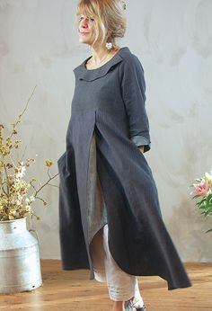 Пальма платье £ 295, различные цвета с контрастными вставками и манжетами.