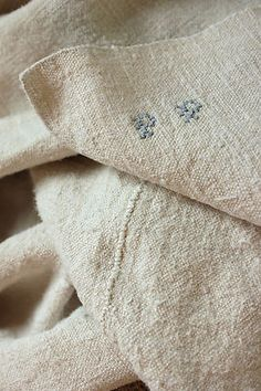 GORGEOUS 18th / 19th century homespun hemp / linen French , antique sheet ~ wonderful heavy weight , soft ~ ideal for rustic, period, primitive and French country interiors