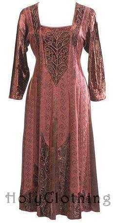 <3 holy clothing