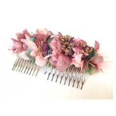 """118 Me gusta, 6 comentarios - Lito & Lola (@litoylola) en Instagram: """"Semana non-stop entregando pedidos como esta peineta de flores secas para una de nuestras…"""""""