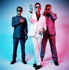"""""""Depeche Mode"""" es tendencia porque la banda anunció lanzamiento de nuevo disco y gira mundial el próximo año. http://mexico.srtrendingtopic.com/trend/23122/2016-10-11/2016-10-11/depeche-mode.html"""
