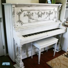 very useful for the piano that my step-monster ruined with water. Shabby Chic Furniture, Shabby Chic Decor, Painted Furniture, Diy Furniture, Distressed Furniture, Repurposed Furniture, Bedroom Furniture, Pianos Peints, Refinish Piano