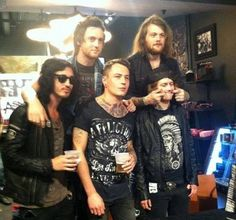 Asking Alexandria Danny Worsnop, Ben Bruce, James Cassells, Sam Bettley and Cam Liddell ❤