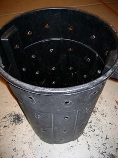 Making a compost bin from an old trash can
