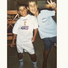 Found a cool picture of asensio, our boy has always been a madridista! Real Madrid Players, Soccer Boys, Isco, Gareth Bale, Games To Play, Playing Games, Soccer Players, Cristiano Ronaldo, Little Boys