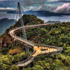 Skybridge - Langkawi, Malaysia. #malaysia #travel #langkawi