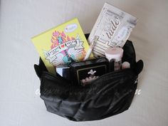 Cristina's Beauty Box   Beauty Blog : My Travel Makeup Bag Makeup Box, Makeup Tips, Travel Makeup, Beauty Box, The Balm, Makeup Looks, Skin Care, Bags, Products