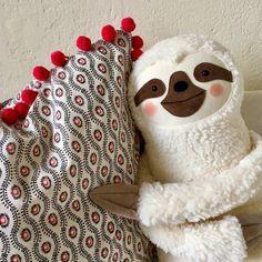 Baby Sloth, Cute Sloth, Rainbow Bedding, Alpaca, Baby Music, Cutest Thing Ever, Kawaii Cute, Handmade Toys, Baby Toys
