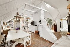 attic-apartment-with-shabby-chic-styles
