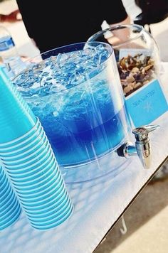 Pool Party : Ocean Water Drink : Blue Gatorade, Blue Hawaiian Punch, Sprite in equal parts - add vodka for adults Liquor Drinks, Cocktail Drinks, Beverages, Alcholic Drinks, Alcoholic Party Drinks, Alcohol Drink Recipes, Yummy Drinks, Good Vodka Drinks, Uv Blue Drinks