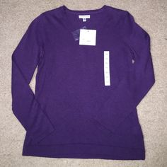 BRAND NEW Croft & Barrow Sweater Purple V-Neck Sweater. Size XS and with tags. This shirt was purchased from Kohls. Very soft, just was too small for me! Croft & Barrow Sweaters V-Necks