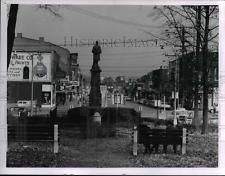 1971 Press Photo Looking East Front Park down main st at Ohio Willoughby