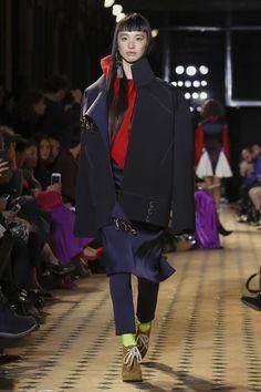 Esteban Cortazar Fashion show Ready to Wear Collection Fall Winter 2017 in Paris