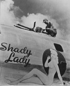 Lovely Ladies Painted On WWII Fighter Planes-24