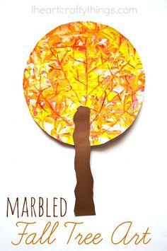 I Heart Crafty COSE: marmorizzata Autunno Craft albero per i bambini