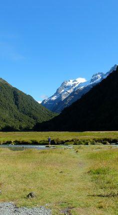 Amazing hikes New Zealand Tui and Rimu Trips #newzealandhikes #tuitrip #rimutrip Trekking the Routeburn Track, New Zealand