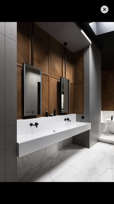 Dream Bathroom 💭 Stunning bathroom design with marble tiles complementing feature timber panelling and black tapware. Restroom Design, Bathroom Interior Design, Home Interior, Toilet Design, Bath Design, Wc Design, Bathroom Toilets, Small Bathroom, Master Bathroom