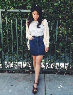 20 Modern Ways to Style a Denim Skirt for Spring - halter neck floral shirt, cream cardigan, dark wash denim mini skirt + platform sandals