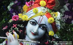 To view Gopinath Close Up Wallpaper of ISKCON Chowpatty in difference sizes visit - http://harekrishnawallpapers.com/sri-gopinath-close-up-wallpaper-022/