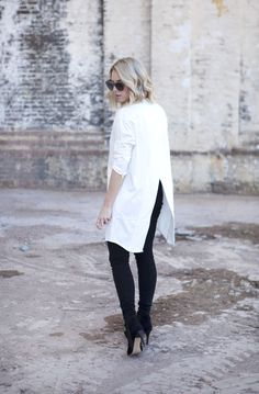 The Perfect White Shirt fuses exquisite craftsmanship with femininity, impeccable cuts with comfort, shirt perfection for women. Simply choose your Perfect White Shirt. Style Snaps, White Shirts, White Fashion, Types Of Fashion Styles, Daily Fashion, What To Wear, Autumn Fashion, Normcore, Dresses