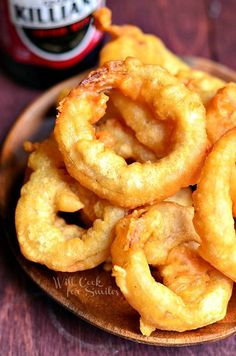 Beer Batter Onion Rings 1 from willcookforsmiles.com #onionrings #beerbatter #fried