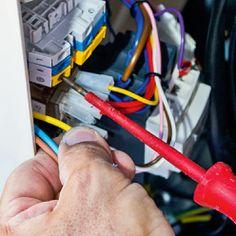Connecter le neutre, la phase et la terre sur leur bornier respectif. Tube Pvc, Le Tube, Pac Piscine, Electronics, Liner, Heat Pump System, Neutral, Consumer Electronics