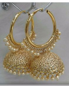 vintage rings are they a choice Indian Jewelry Earrings, Indian Jewelry Sets, Jewelry Design Earrings, Gold Earrings Designs, Indian Wedding Jewelry, Ear Jewelry, Bridal Jewelry, Pakistani Jewelry, India Jewelry
