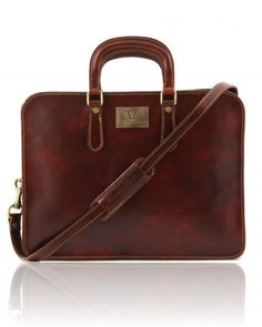 Leather women briefcase Brown - I want this.
