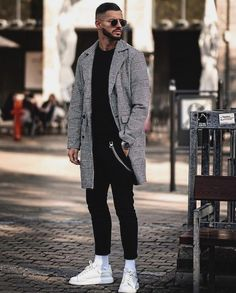 39 Inspiring Mens Street Style Outfit Ideas To Keep Style This Winter Winter Outfits Men, Stylish Mens Outfits, Sporty Outfits, Mode Outfits, Simple Outfits, Men Winter Fashion, Swag Outfits Men, Stylish Man, Men Looks